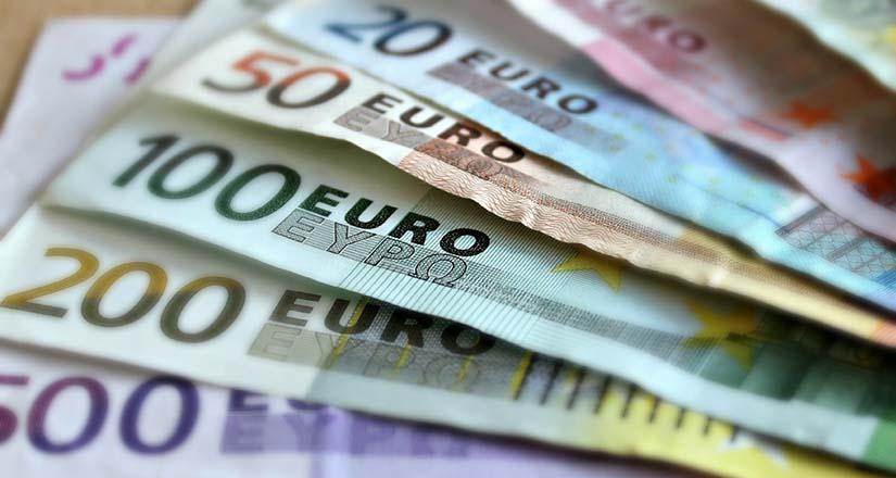 divieto pagamento in contanti della retribuzione